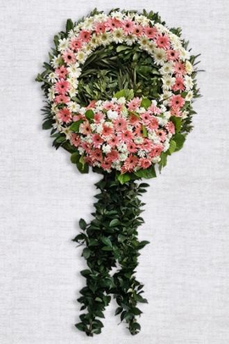 Pembe ve Beyaz Çiçeklerden Oluşan Cenaze Çelengi