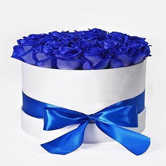 33 adet kutuda mavi gül