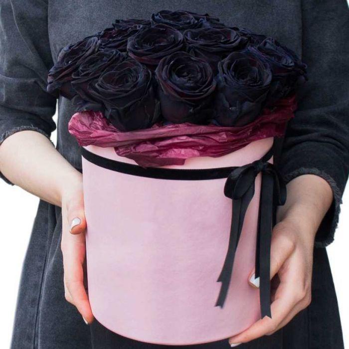 kutuda özel siyah güller