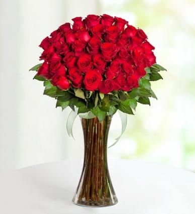 41 adet kırmızı gul vazosu